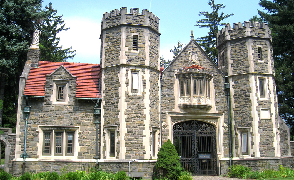 List of a Top Ten Most Expensive Colleges in USA