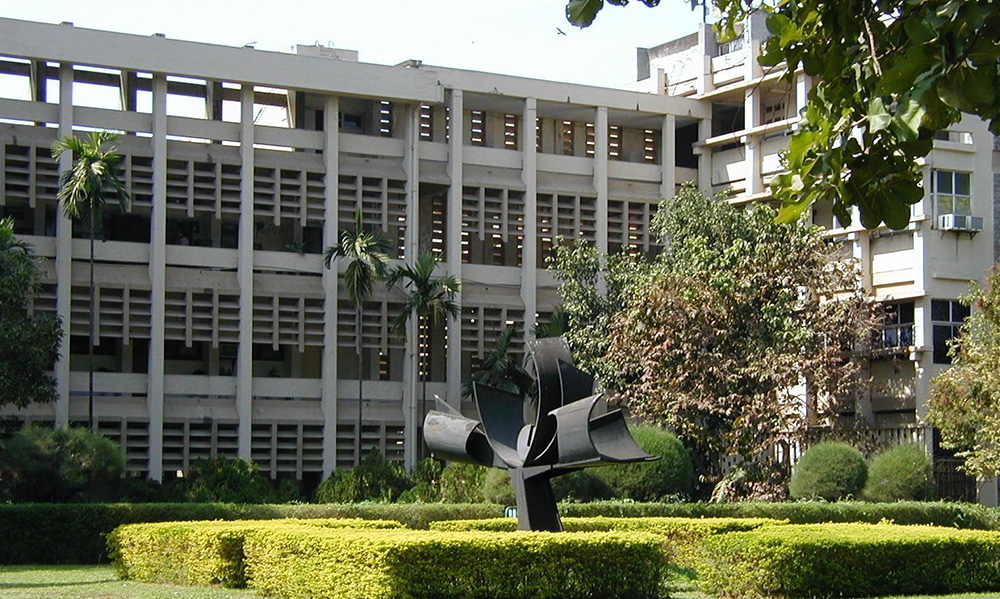 Best Five Engineering Colleges in India