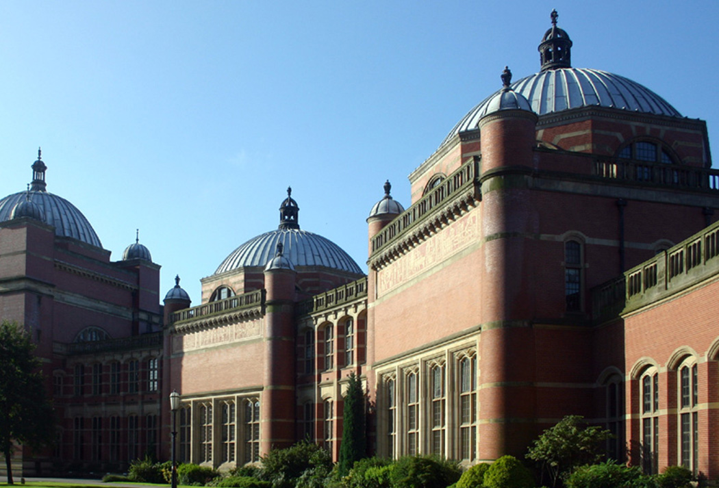 Top Ten Expensive Universities of UK