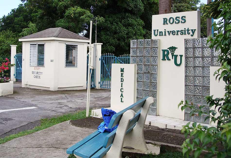 Best Three Medical Institutes in Caribbean