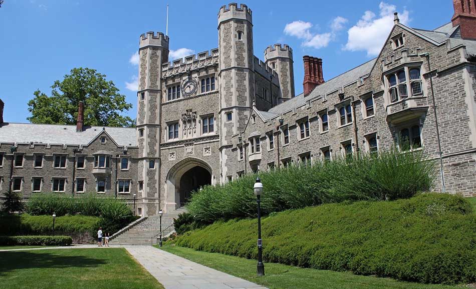 Top 3 Best International Relations Universities