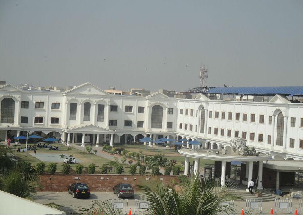 Iqra university