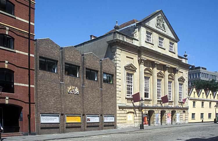 VIC theater school